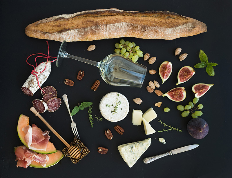 Easy Entertaining: Creating a Fabulous Cheese & Charcuterie Board