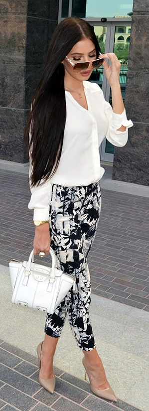 15 Casual Spring Styles We Love cropped black and white summer slacks