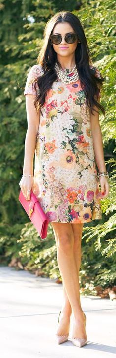 Easter Brunch Outfit Inspiration - Spring Dresses 3