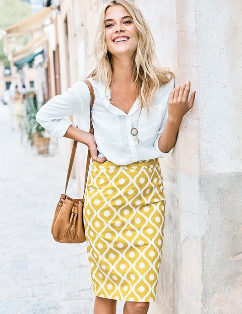 Casual Summer Work Outfits - yellow skirt and white shirt