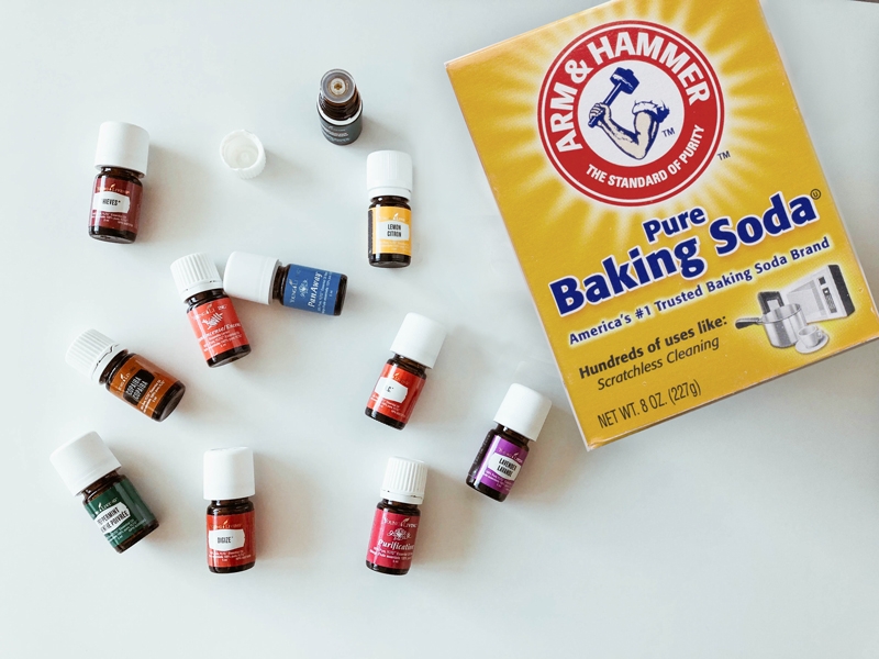 Baking Soda and Essential oils for cleaning a mattress