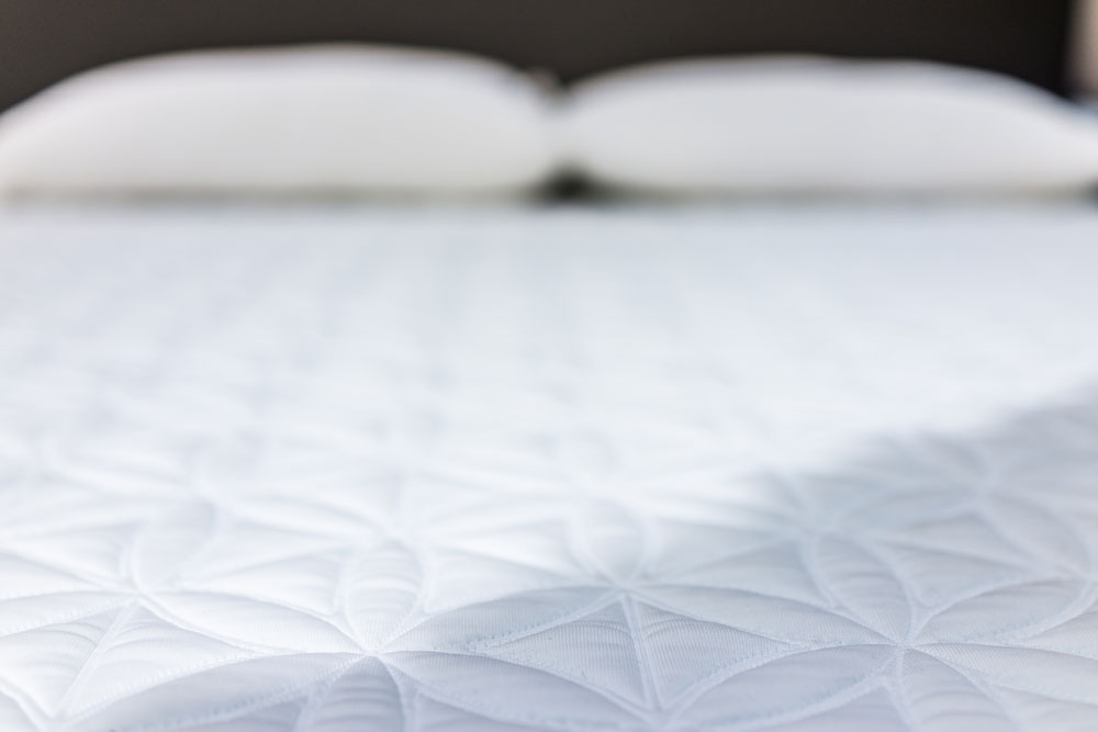 How to Deep Clean a Mattress to Eliminate Dust Mites and Allergens